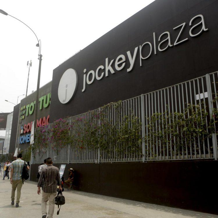 Jockey Plaza apoya el emprendimiento peruano apoyando con 30 espacios comerciales